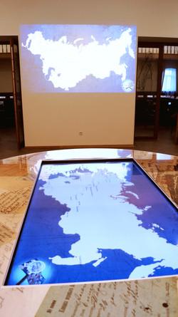 Интерактивный стол -карта