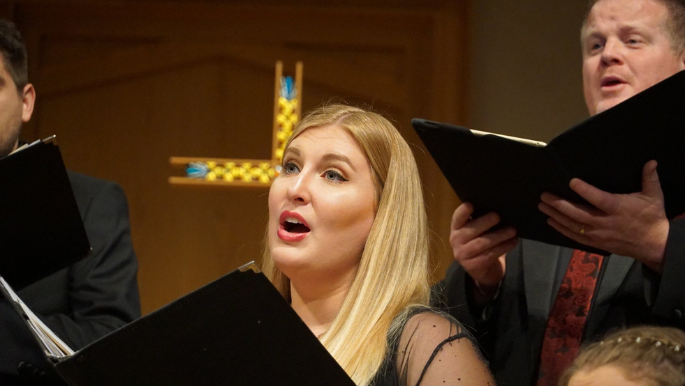 Mid-concert with The Phoenix Chorale