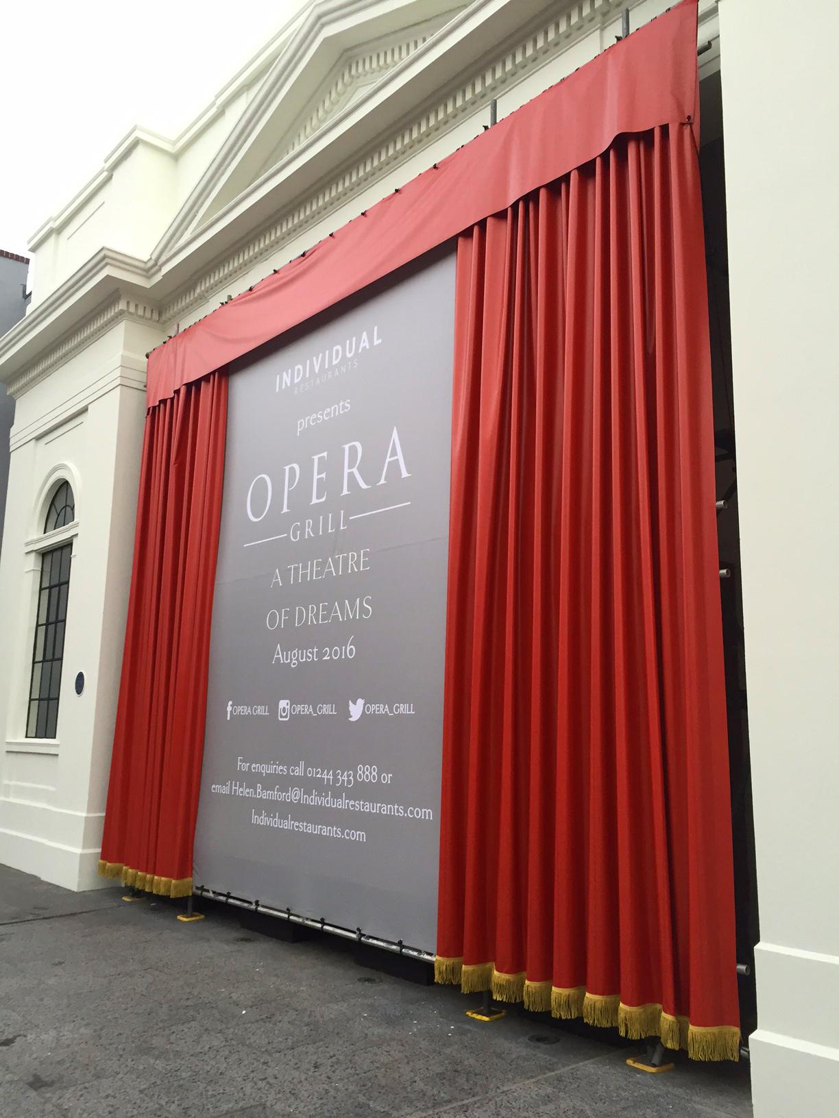 6 m tall theatre curtain