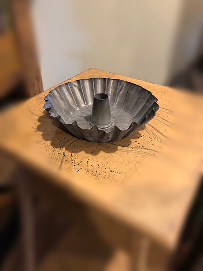 FLUTED TAPER PAN