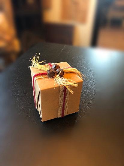 "4"" GIFT BOX DECORATION"