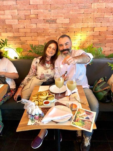 Chef Renato Caleffi com Sandra Epstein