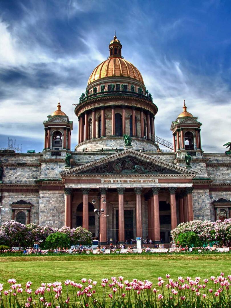 Tour to St.Peterburg