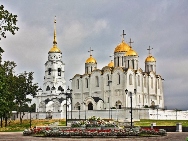 Tour to Suzdal.