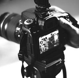 adult-analogue-aperture-403495_edited.jp