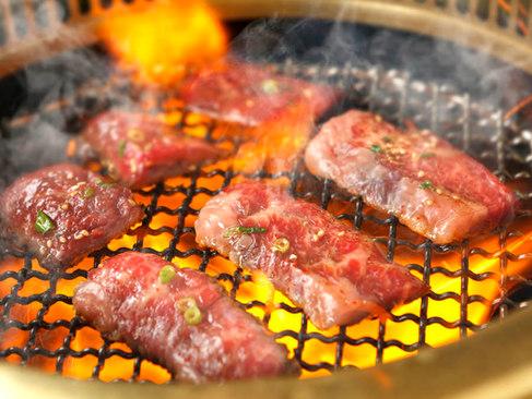 【牛・豚・鶏食べ放題】120分焼肉食べ放題(L.O.90分)お1人様2,980円(税別)