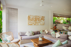 living room2-2