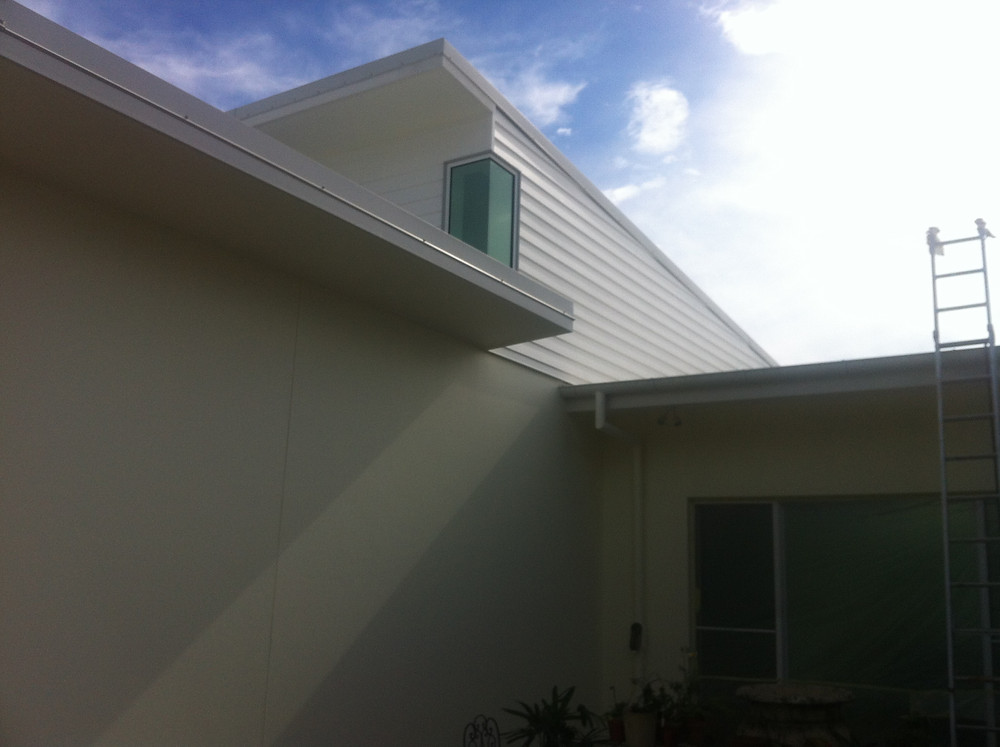 Weatherboards painted with dulux weathershield