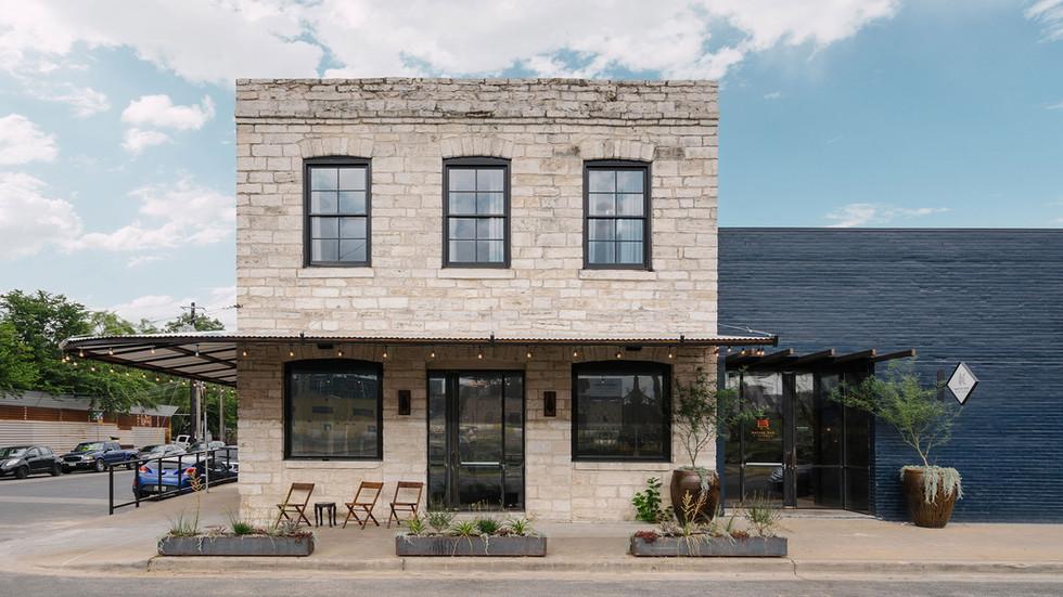 Native Hostel, Bar & Kitchen 01