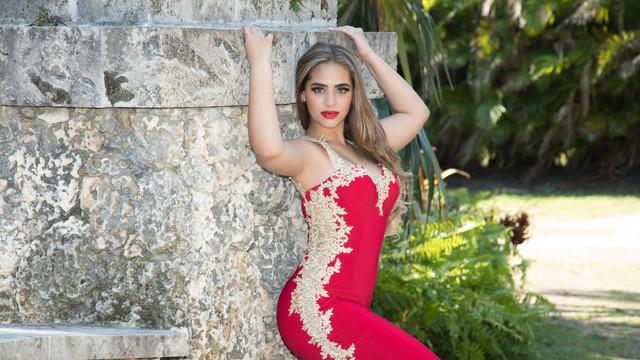 Lorena IvonnePhoto 353A2258.JPG