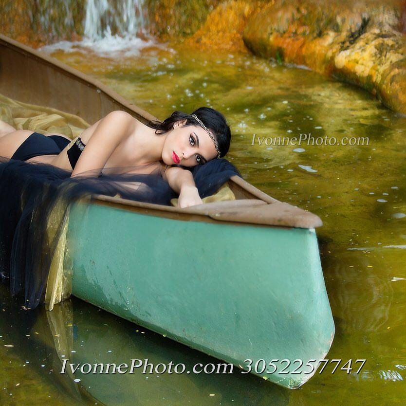 Ivonne Photo Quince