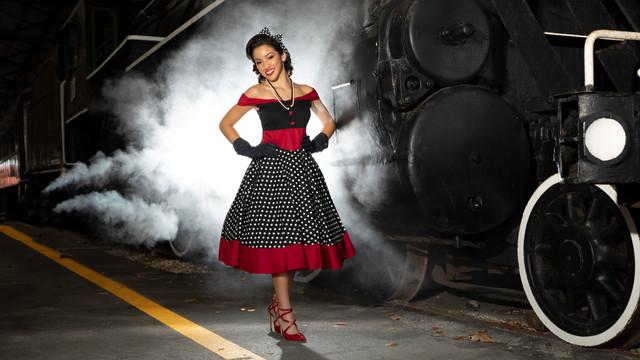 Jasmine (Edith) Train 023999.JPG