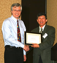 David Skillicorn receives the 2009 Technical Achievement Award at the ISI Conference.