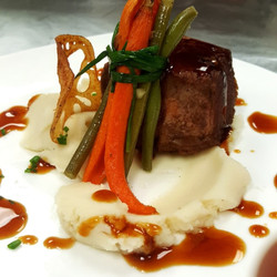Beef Medaillon with French Bouquet