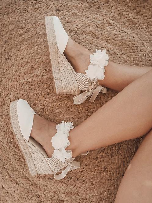 Cinta flores blanca