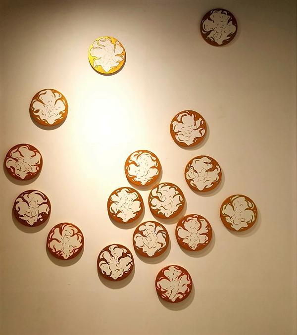 김미숙 flower 30x30 acrylic on canvas.png