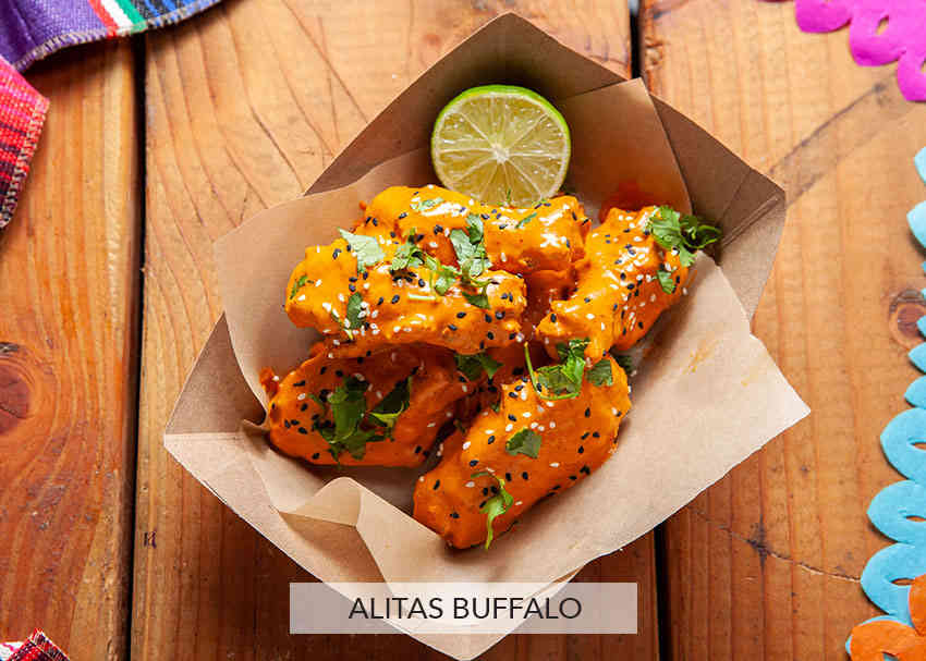 "Alitas ""Wings"" Buffalo"