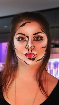 pop art fille au bar.jpg