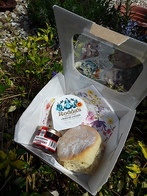 Devon Cream tea in a box