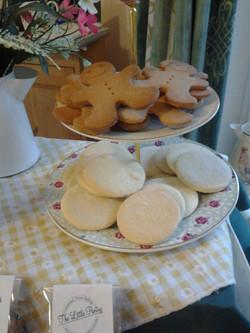 Shortbread Gingerbread men