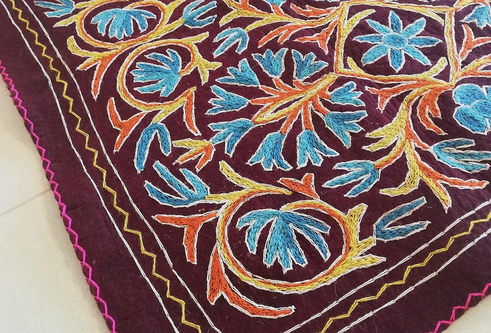 שטיח צמר על צמר 120*180 עם פרחי טורקיז