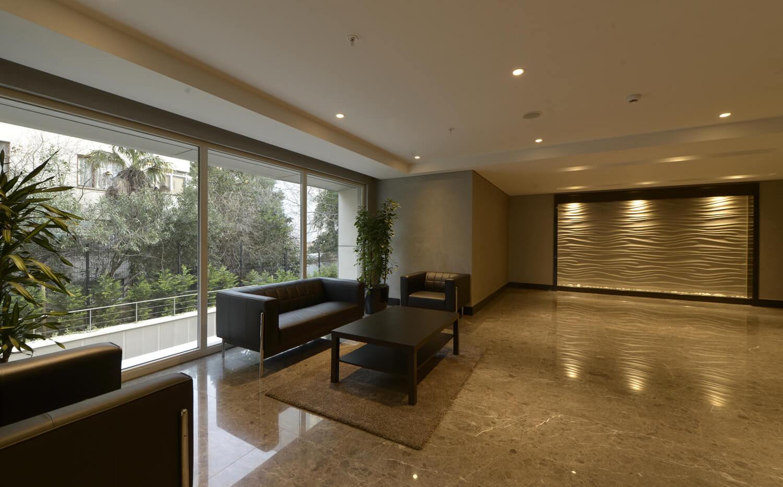 20-lobby (1).jpg