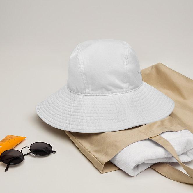 wide-brim-bucket-hat-white-front-60887bd