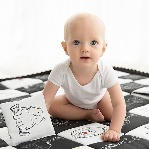 Contrast play mat by Baby Steps