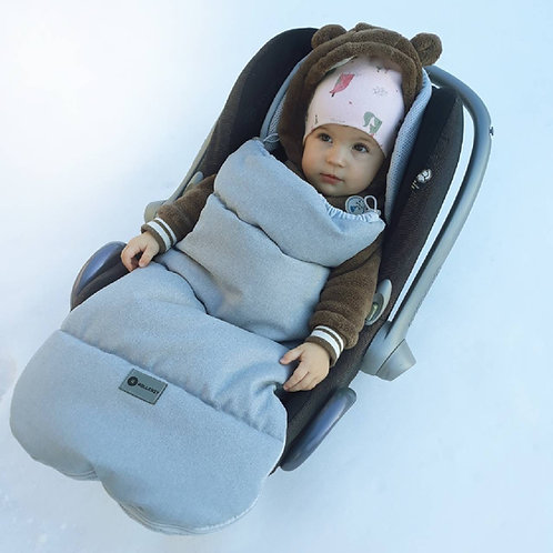 Universal footmuff for car seats, strollers and buggies