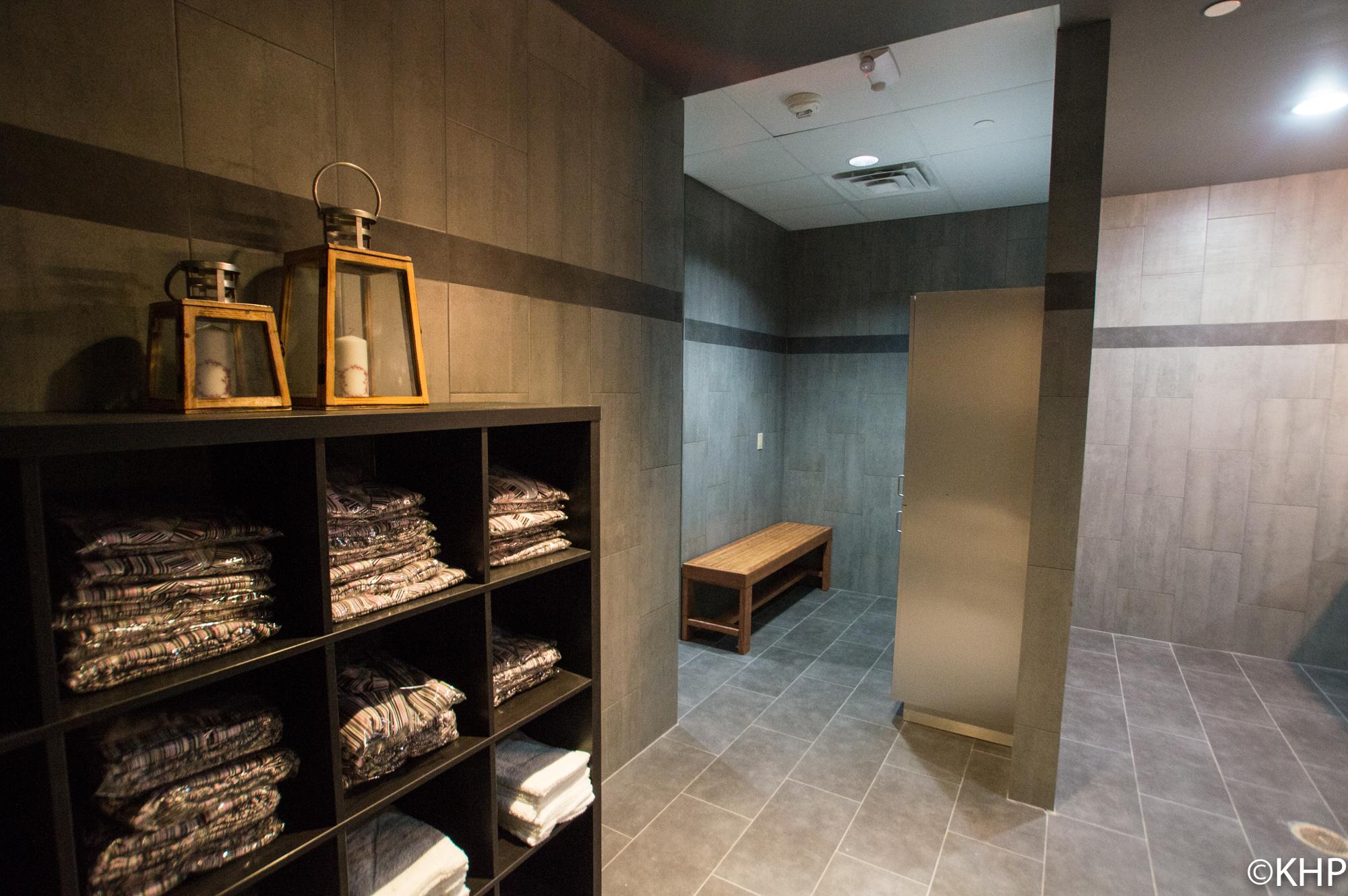 Steam room/ dressing room
