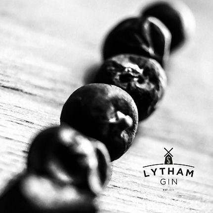 Lytham_Gin_Juniper.JPG