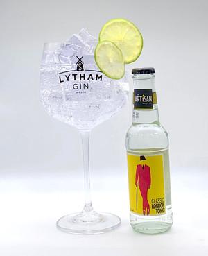 Free Gin Glass!