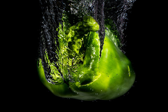 Green Pepper Splash 800DPI Gloss Print