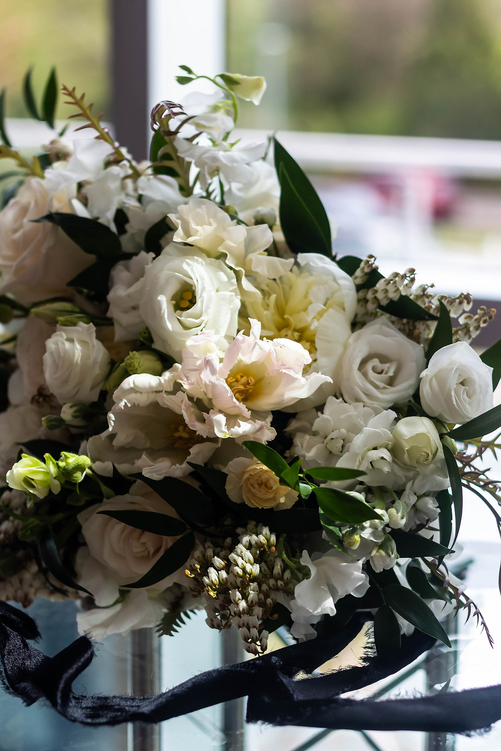 Detail shot of wedding bouquet at Noah Liff Opera Center