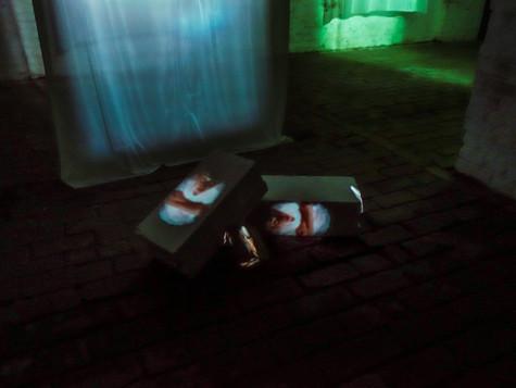 2019, video installation, textile, rocks and bricks, color, sound, 7 minutes, Zentrum für Kunst und Urabanistik (ZK/U), Berlin, Germany