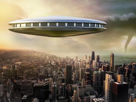 Les récentes révélations sur les OVNIS nous préparent-elles à une tromperie massive ?
