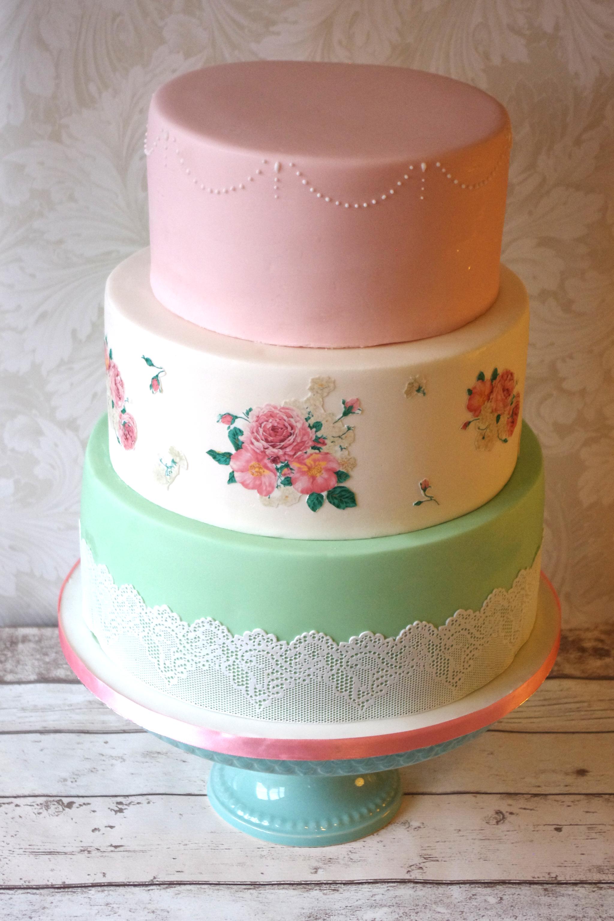 Simple shabby chic wedding cake