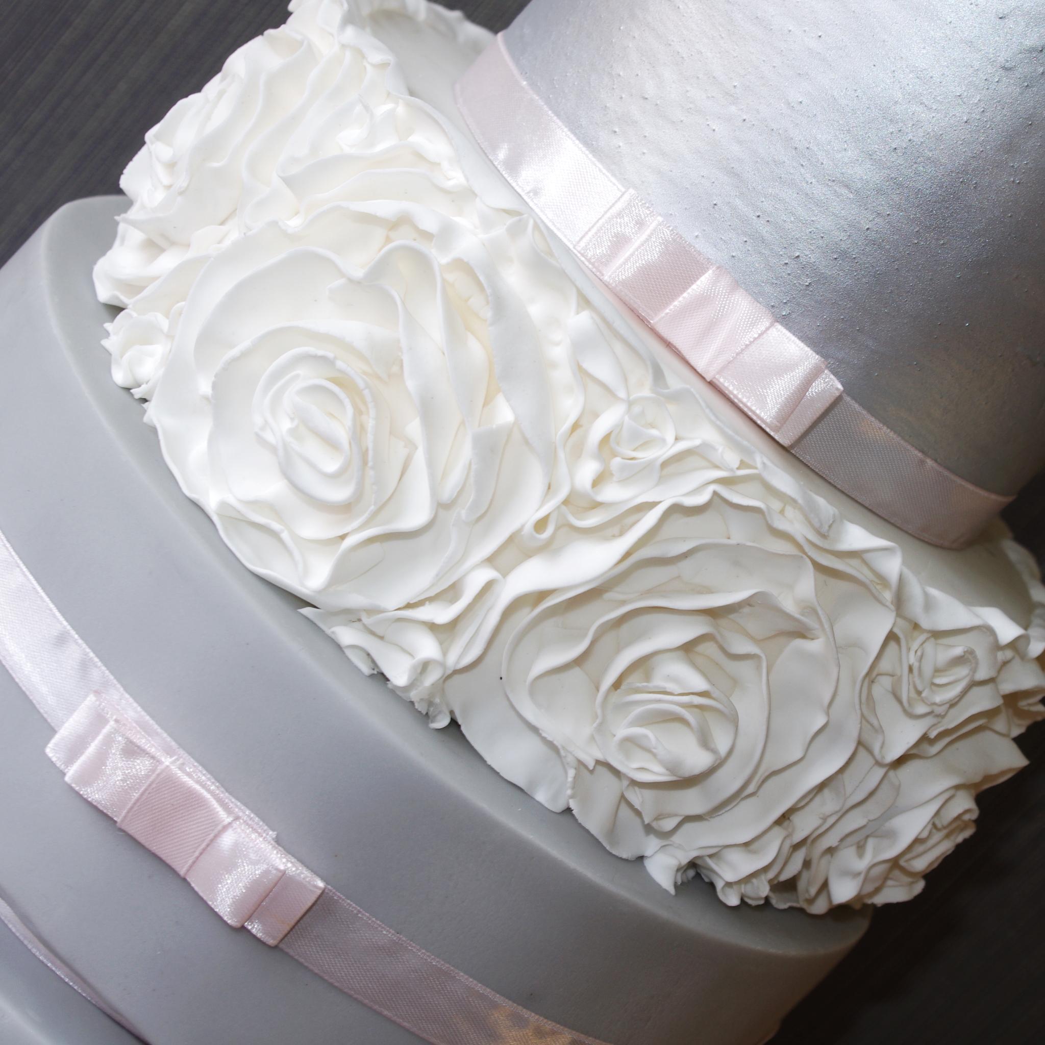 5 tier silver ruffle wedding cake