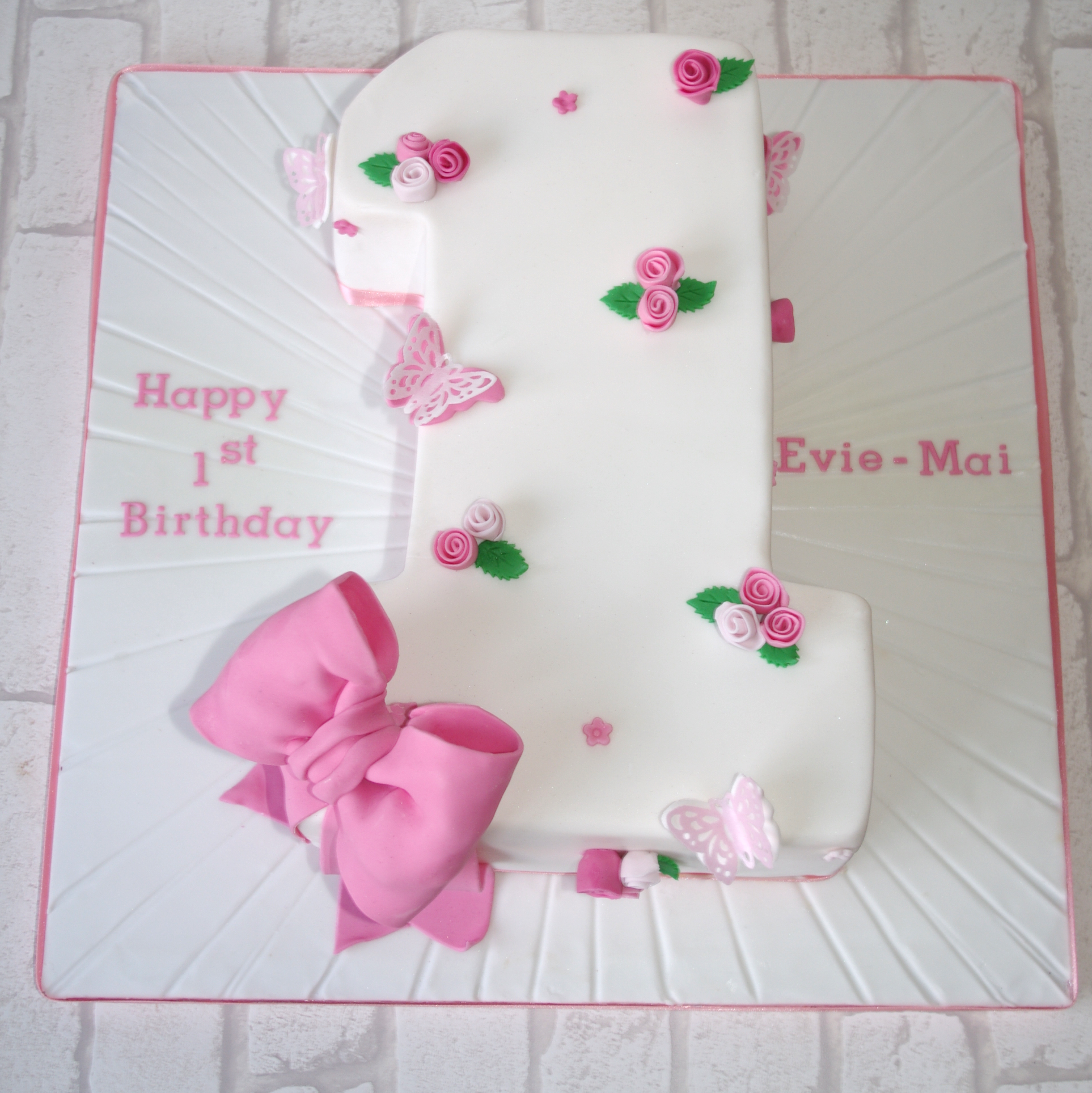 Number 1 Rose and Bow cake
