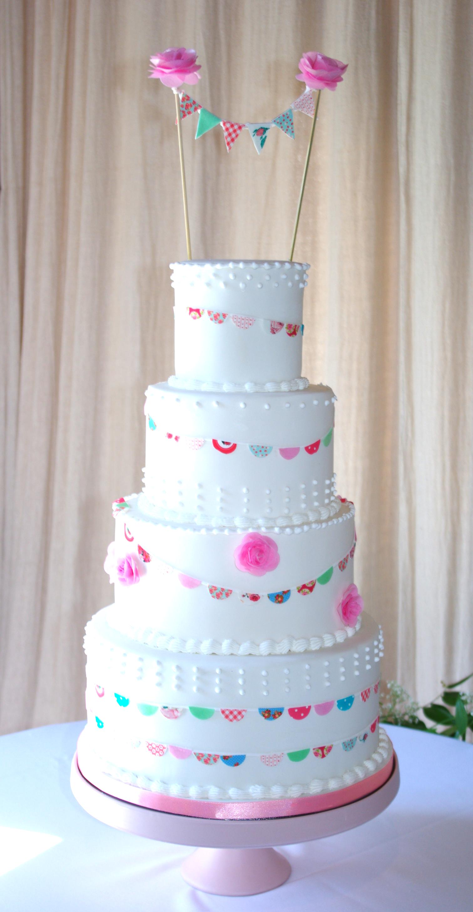 Bunting themed weding cake