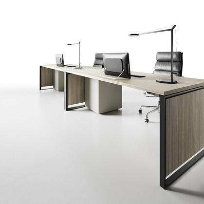 Work Station Desks