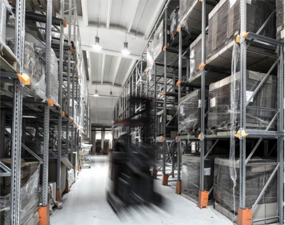 Moving Forklift