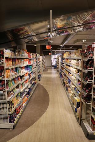 Retail (white) Shelving