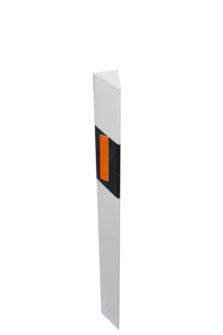 Deflector with reflectors