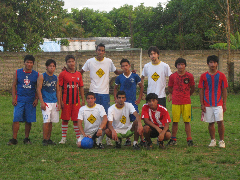 Fútbol con Jóvenes Guaraníes