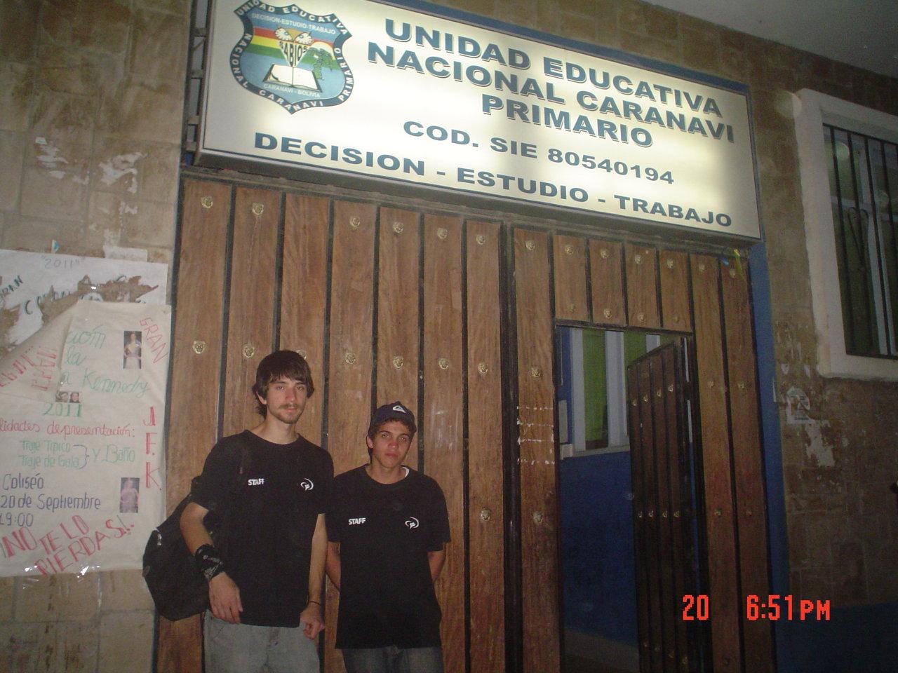 Unidad Educativa Caranvi Primario