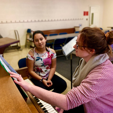 """""""Be as dramatic as you can"""": Teacher-Student Pair Uses Singing as an Emotional Outlet"""