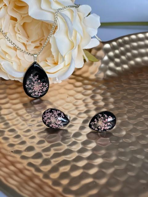 Queen Anne's Lace set