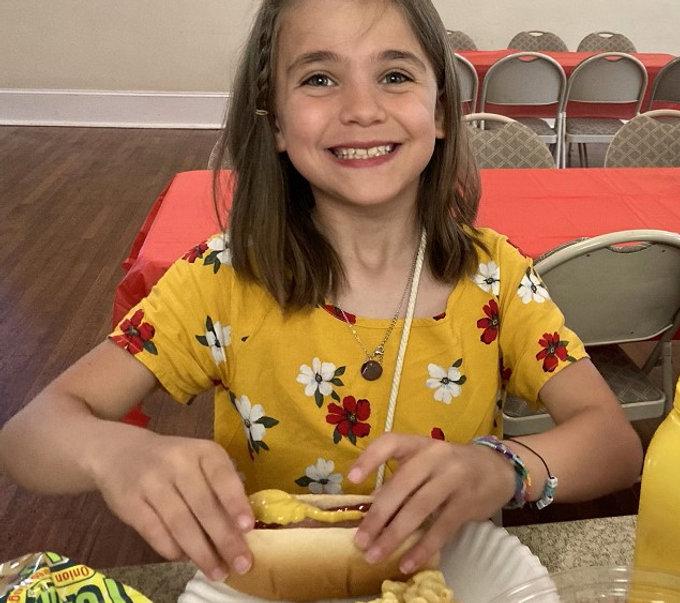 Kid hot dog.jpg
