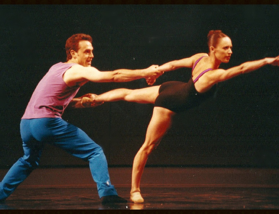 Lisa Davies and Alejandro Alvarez